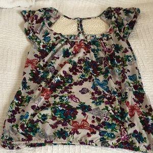 NWT Ladies shirt size large 11-13